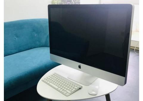 """Apple iMac 27-Inch """"Core i5"""" (Mid-2010)"""